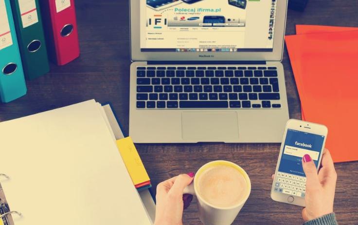 Tipe Teman di Media Sosial Ini Sebaiknya Kamu Unfollow Aja